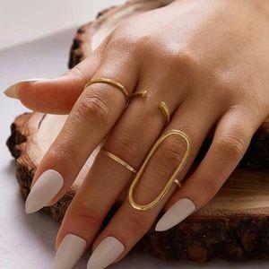 5/$12💞 4pc Gold Ring Set